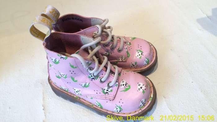 DR. Martins støvler