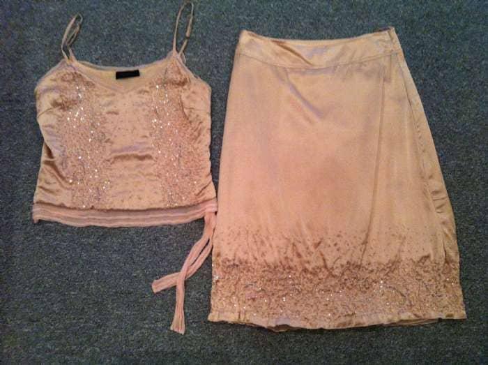 Top og nederdel