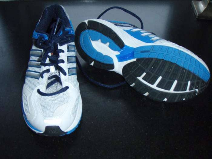 Adidas sko str. 35 - Danmark - Adidas sko str. 35 sælges. De er kun brugt ganske få gange og aldrig ude. De står som nye. - Danmark