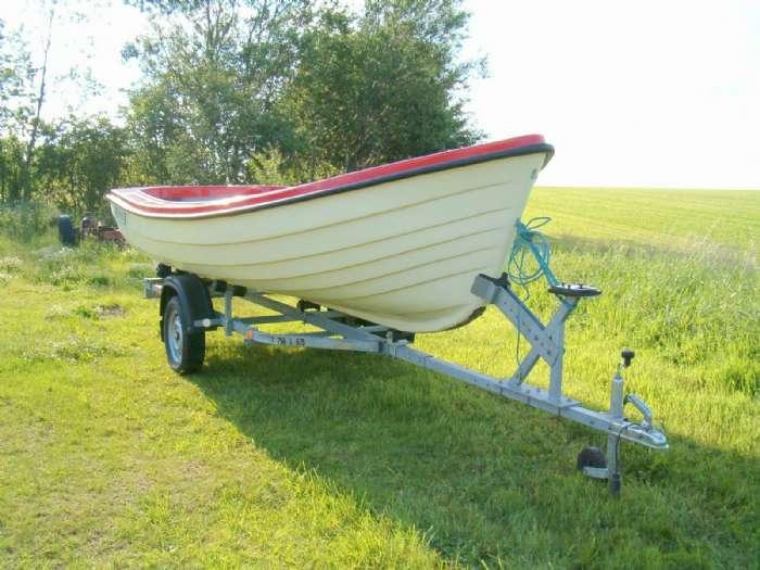 16 fods båd. Ny stormy 475.