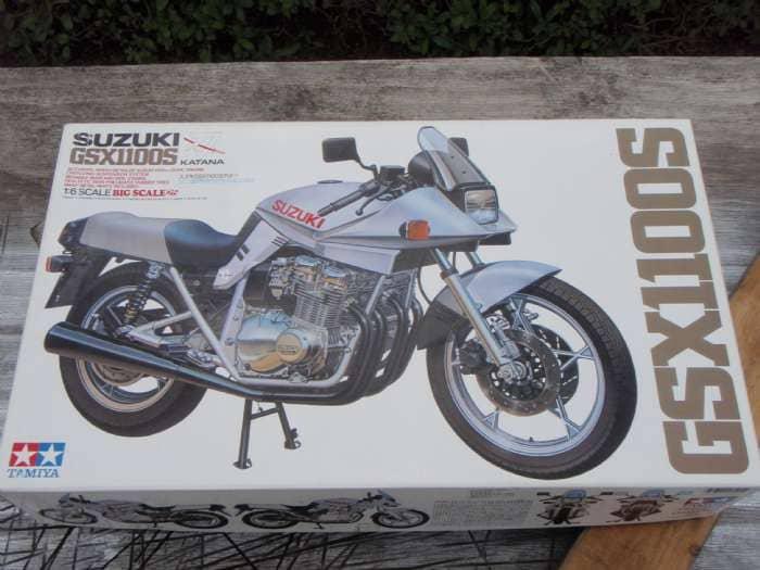 Model motorcykel - Solvang 3,durup - TAMIYA Suzuki GSX1100S Katana. Scale 1/6 NY. Kan eventuelt leveres Jylland og Fyn ved lejlighed. - Solvang 3,durup