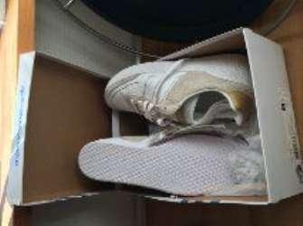 Helt Nye Tennissko/Adidas