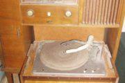 Cool radio/grammefon skab