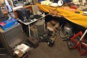 Kik ind i garagen