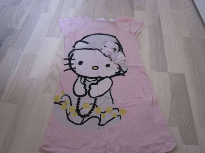 Hello Kitty natkjole - Danmark - Lyserød Hello Kitty natkjole i str. 4-6år (110/116) sælges. - Danmark
