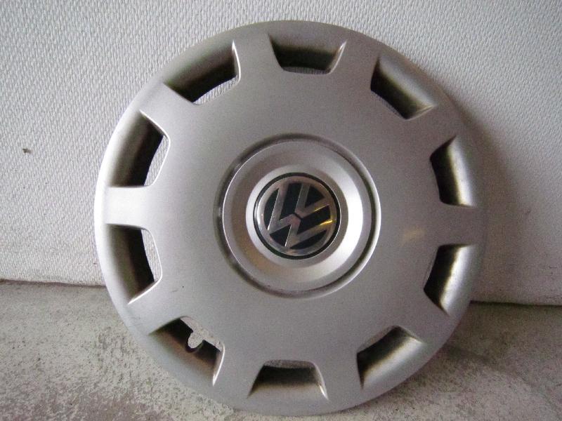 WV 15″ Hjulkapsel - Danmark - 1 stk. Org. WV Hjulkapsel til 15″ stålfælg meget fin stand uden ridser - Danmark