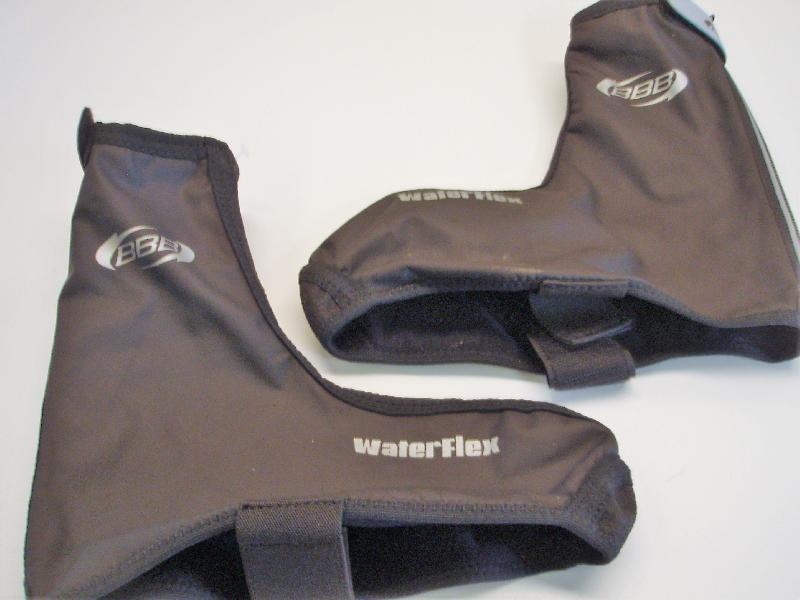 Skoovertræk - Hedevænget 16 - Et sæt nye Waterflex skoovertræk str. 41/42 med velco og reflex. Velegnet til MTB og inn liners. Super kvalitet. - Hedevænget 16
