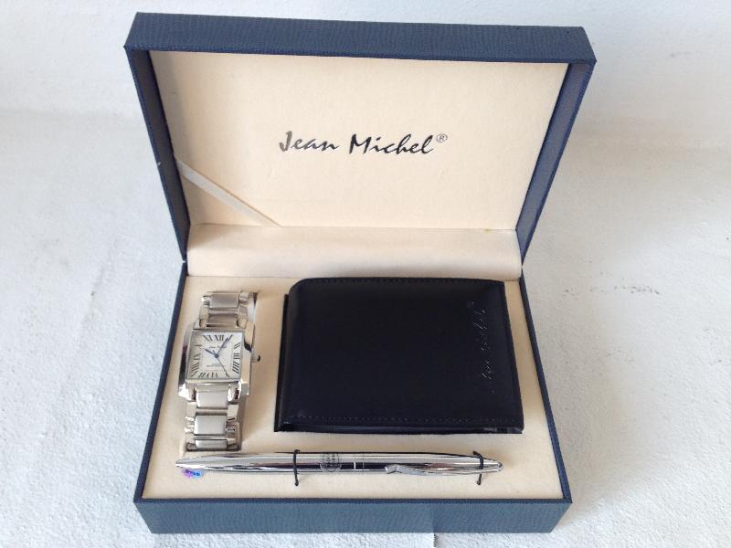 Ur, kuglepen og pung - Brombærvej 51 - Jean Michel ur, kuglepen og kreditkortholder sælges. Aldrig brugt - Brombærvej 51