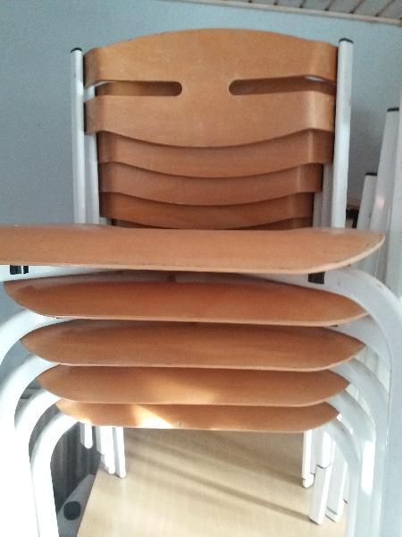 udlegning af stole og borde