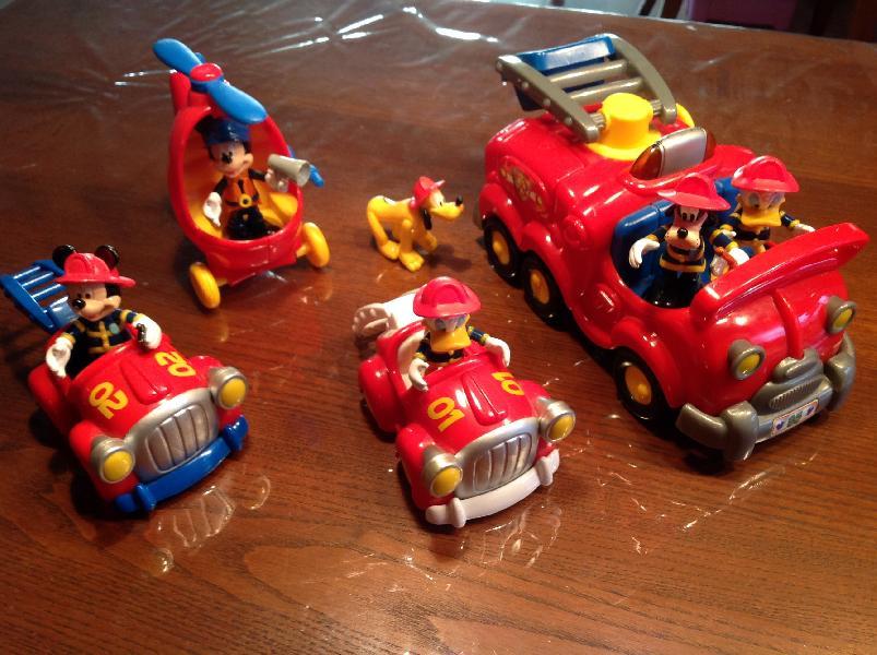Brandbiler Disney - Pilevænget 57 - Flotte brandbiler fra Disney med de kendte figurer. - Pilevænget 57