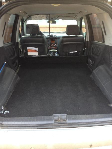Mercedes ML 270 CDI sælges - Gadekæret 1 - Automatgear. Ekstra fælge med dæk medfølger, Aftagelig træk. Klimaanlæg/aircon. fartpilot. Motor/kabinevarmer med fjernbetjening. Navigation. - Gadekæret 1