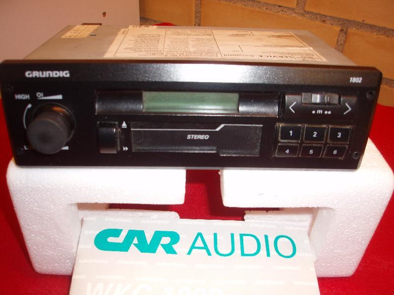 Grundig bilradio - Hedevænget 16 - 6 faste stationer og cassette. - Hedevænget 16