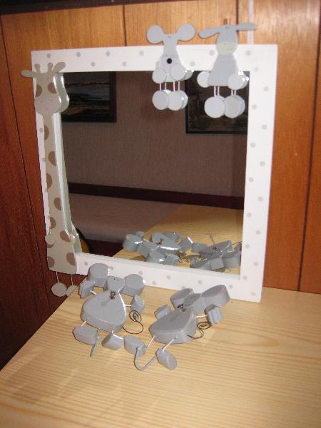 Spejl og knage - Kløvervej 18 - Børnespejl og 2 knage m/musemotiv. Mrk. Sia Kids - Kløvervej 18