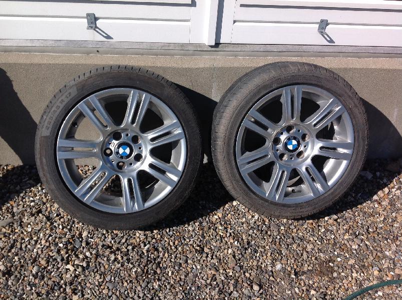 Sommerdæk BMW - Hvirpgade 10 - 4 Stk sommerdæk på alufælge 2-225/45.R17 .2-255/40. R17 De to 255/40 kun kørt 5000 km - Hvirpgade 10