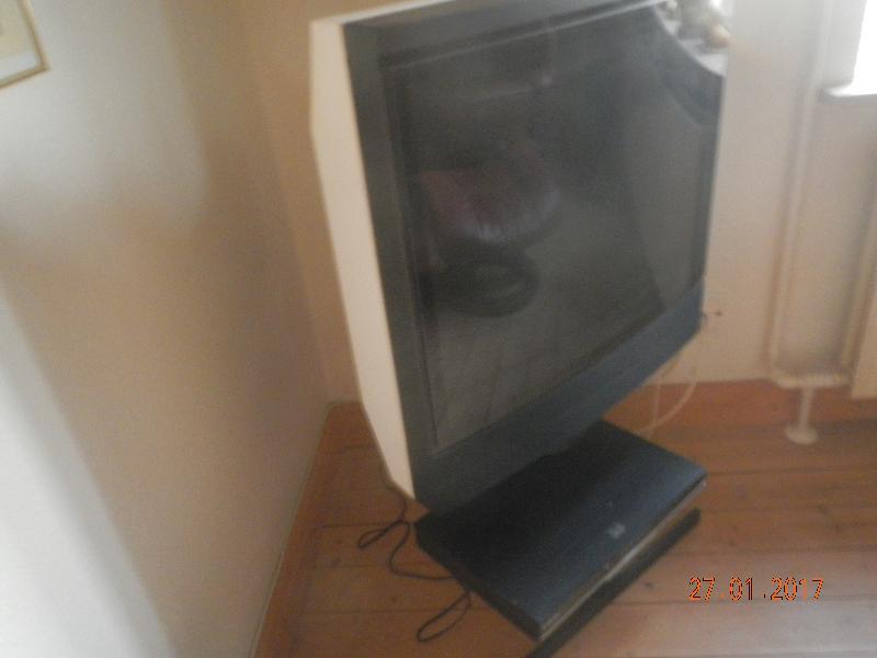 B & O TV