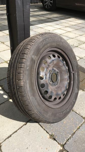 Dæk - Marianevej 55 - 4 stk 14″ Hancook sommerdæk med stålfælge. Mål 4 x 70 Har siddet på en VW Up, næsten nye. Sælges da vi ikke har bilen mere. Fejler intet - Marianevej 55