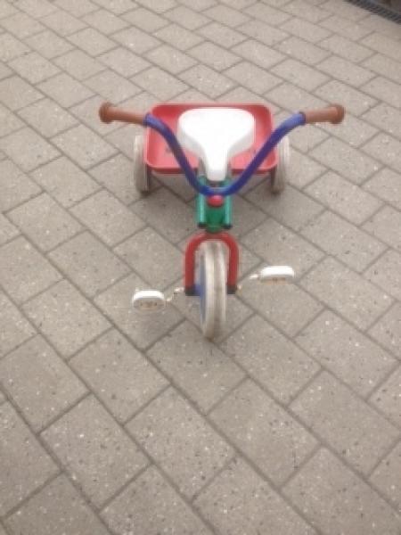 Trehjulet cykel - Mælkevejen 6 - Trehjulet cykel i fin stand - Mælkevejen 6