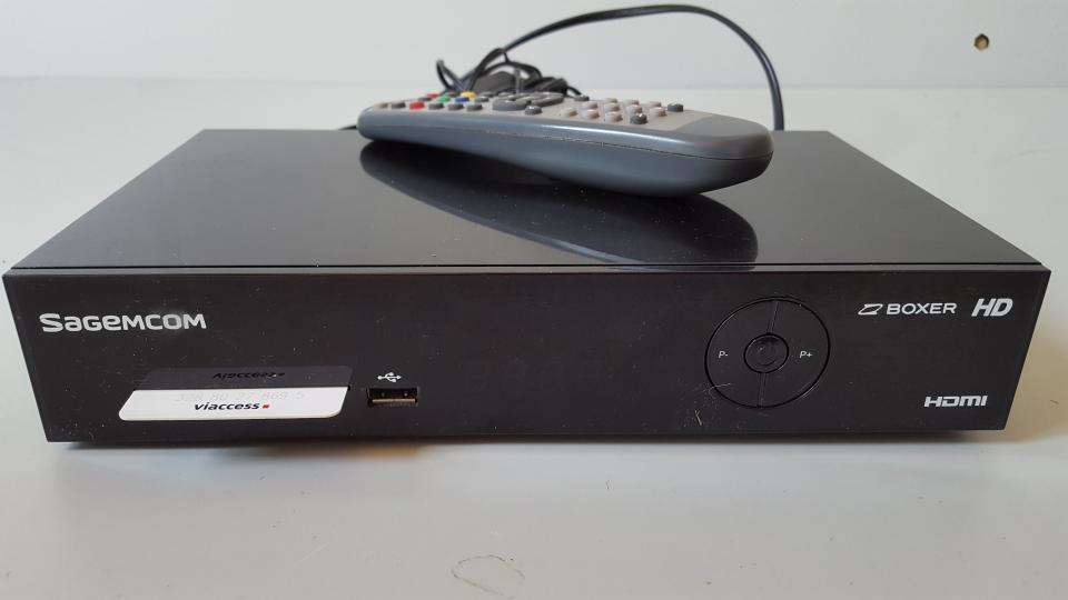 Boxer receivere Sagem, DT90 T2 - Jebjerg - Boxer receivere, Sagem, DT90 T T2 SagemCom DT90 er både er egnet til de ukodede kanaler og betalings-tv kanalerne fra Boxer og er desuden klar til at modtage HDTV kanaler, som f.eks. TV 2 HD fra Boxer - Jebjerg