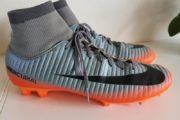 Nike fodboldstøvle med sok