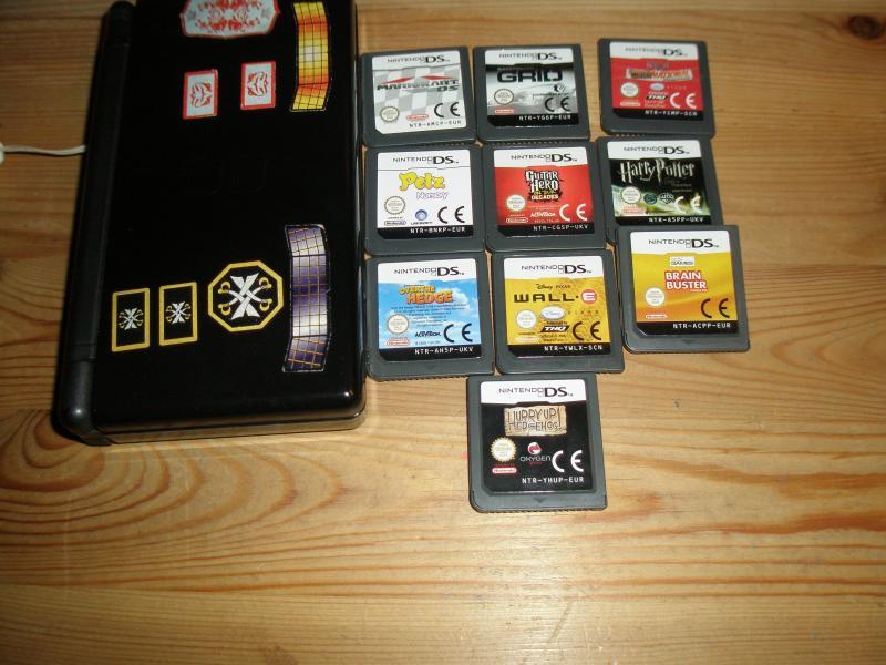 Nintendo ds lite m. 11 spil - Vestre Skivevej 78, Kjeldbjerg - Nintendo ds lite giv et bud er incl. 11 spil - Vestre Skivevej 78, Kjeldbjerg