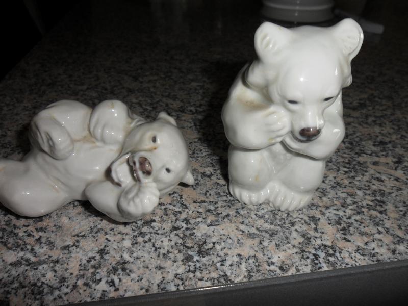 2 stk. Kgl. Porcelæn Isbjørne