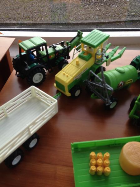 Traktorer - Norgårdsvej 13 - Traktorer med landbrugsmaskiner - Norgårdsvej 13