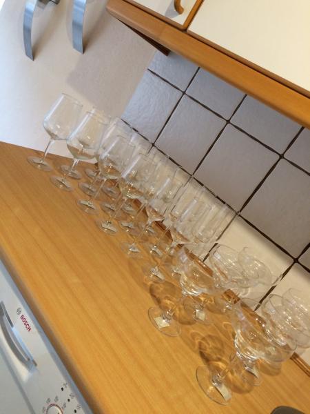 Hvid/rødhvids glas