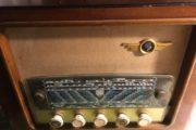 Rigtig gammel Radio
