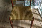 Spisebord med 12 stole
