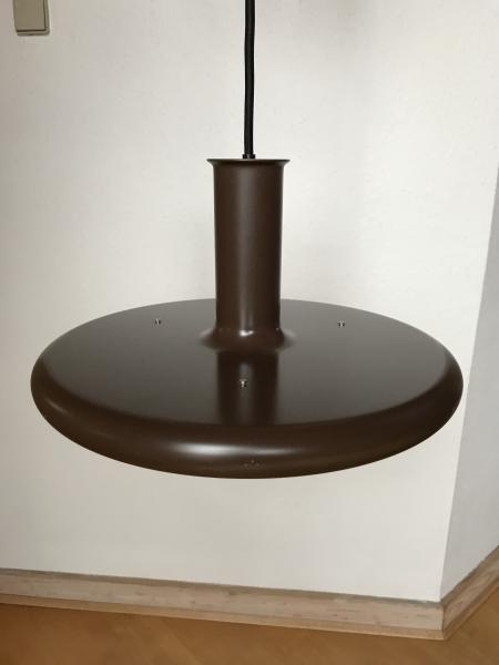 Fog og Mørup optima pendel - Danmark - Flot og dekorativ brun pendel fra ca. 1980 Vi har i samme serie en brun bordlampe og den originale hvide standerlampe - Danmark