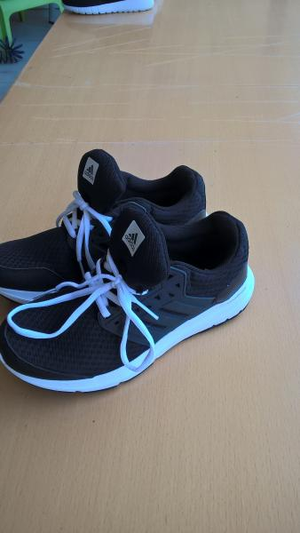 16dc00667dc9 Adidas sko - Vesterlund 25 - Adidas sko med memory foam som nye