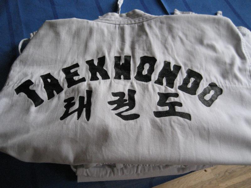 TAEKWONDO DRAGT - Harrevigvej 2 - Taekwondodragt str. 2/160 sælges - Harrevigvej 2