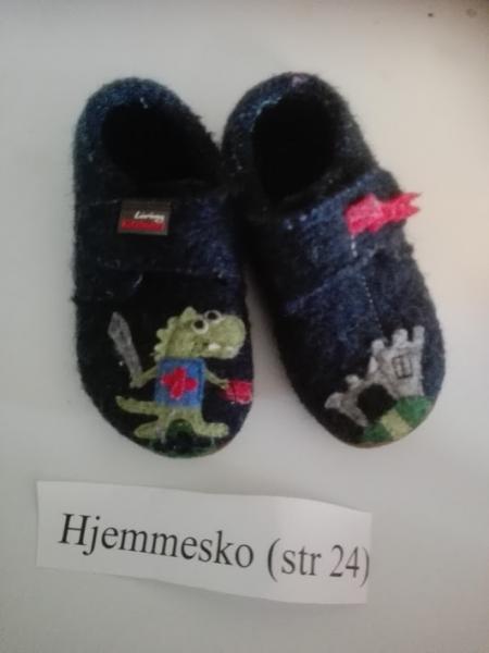 Hjemmesko str 24 - Elsøvej 173 - Hjemmesko med drage - Elsøvej 173