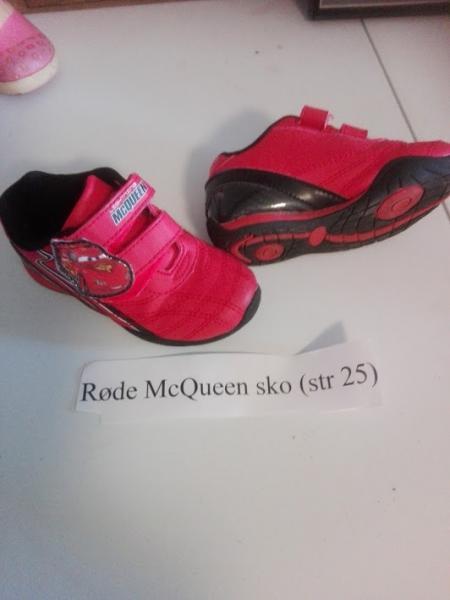 McQueen sko str 25