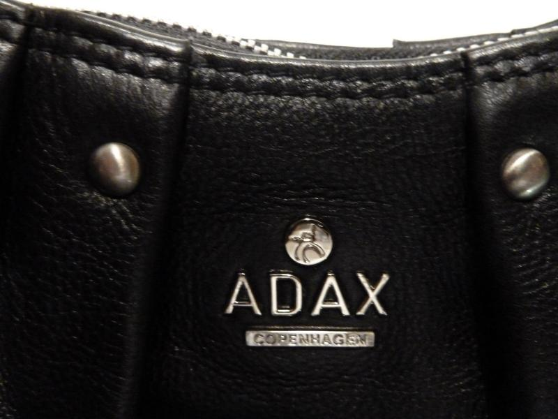 Adax taske