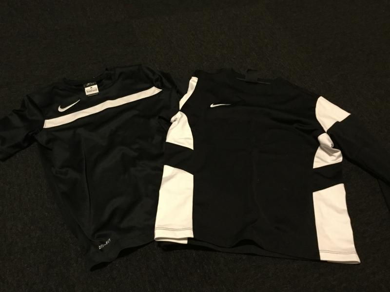 Nike bluse og t-shirt 10/12 - Violvej - Meget pæn bluse og t-shirt str. 10/12 (10 år) fra. Nike - Violvej