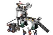 Lego 8822 Gargoyle Bridge.