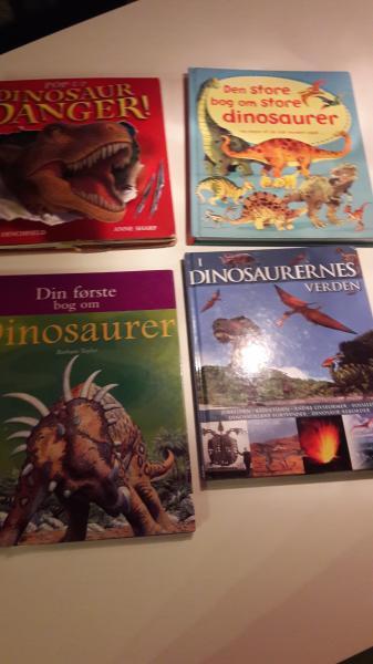 Dinosaurer bøger