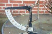 Antik vægt bordmodel