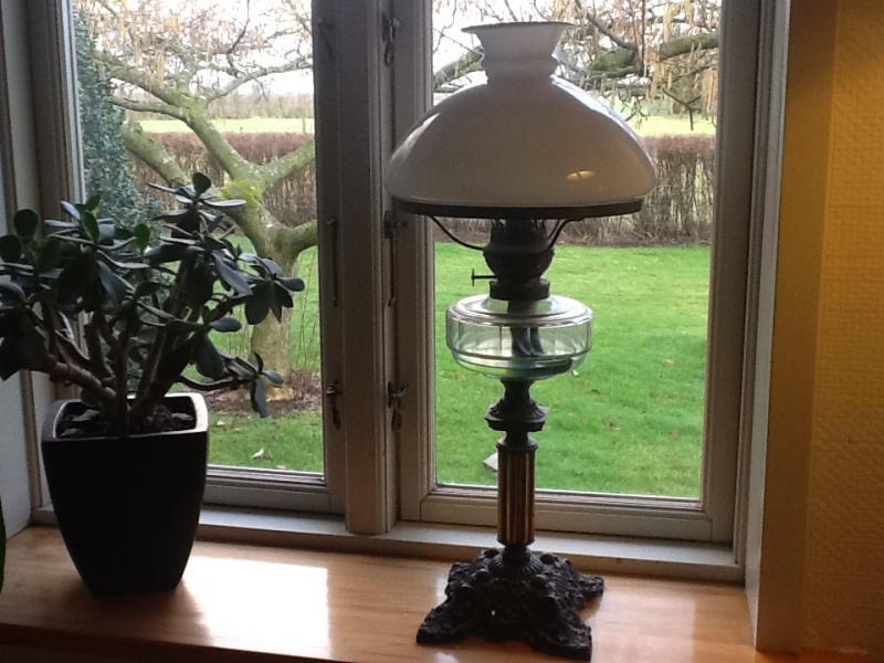 Antik petroleumslampe