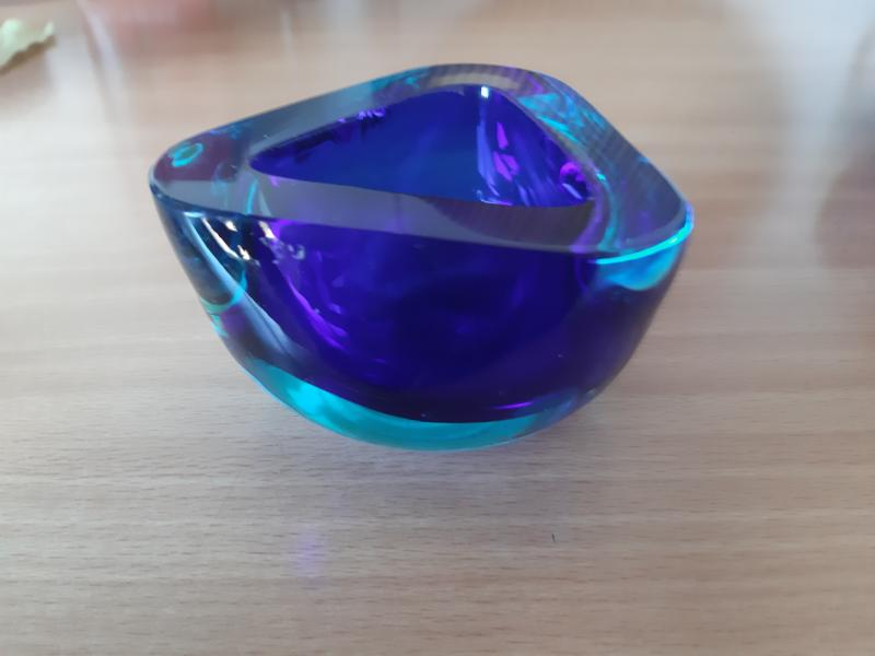 Smuk blå lille skål