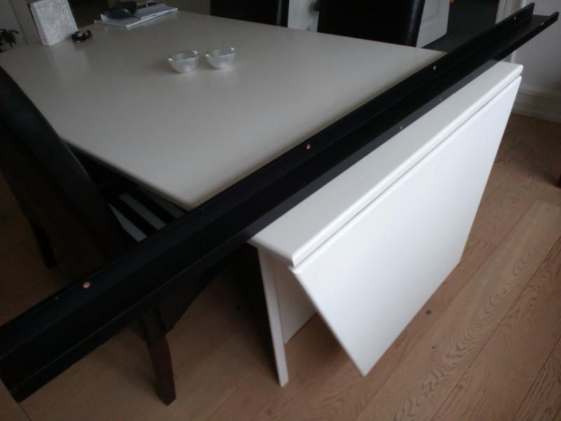 Ikea hylde sælges