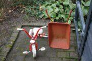 cykel og trillebør
