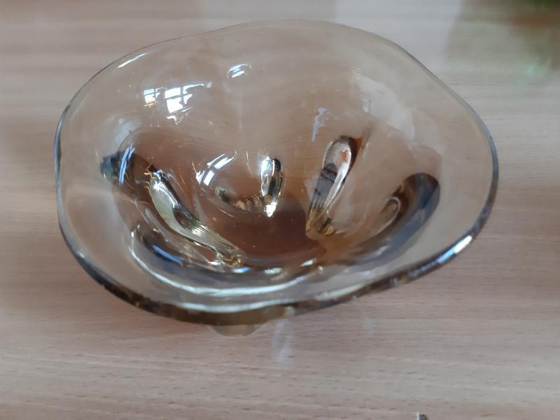 Smuk kunstglas skål