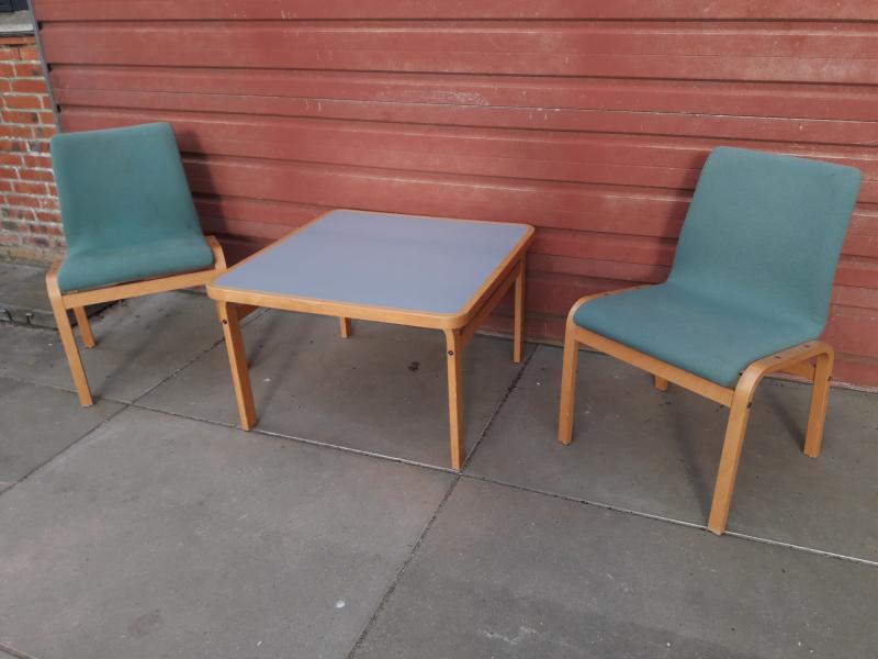bord og stole sæt