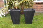 Store sorte krukker