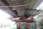 Carport med ståltag.