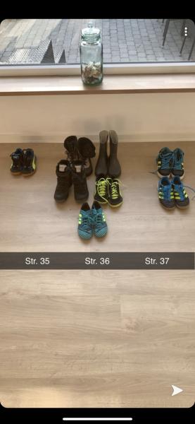 Sko/støvler i str. 35, 36, 37 - Lyngen 5 - Gummistøvlerne er lidt slidte under hælen. De brune Ecco støvler (str. 36) samt basketstøvlerne (str. 37) har kun været brugt få gange og fremstår som nye. Kondiskoene har kun været brugt indenfor og fremstår alle rigtige pæne. Fra et - Lyngen 5
