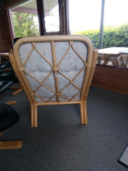 Solide bambusstole og bord