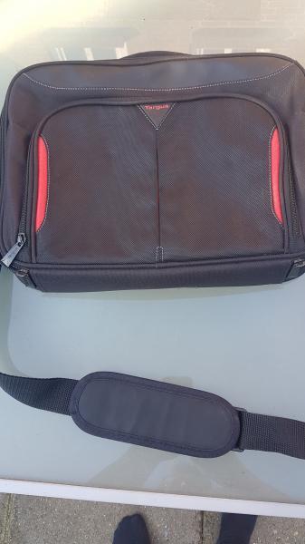Computer-taske som ny